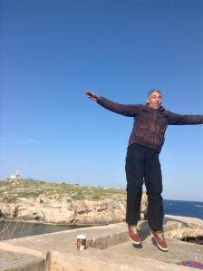 levitating_dunglaj