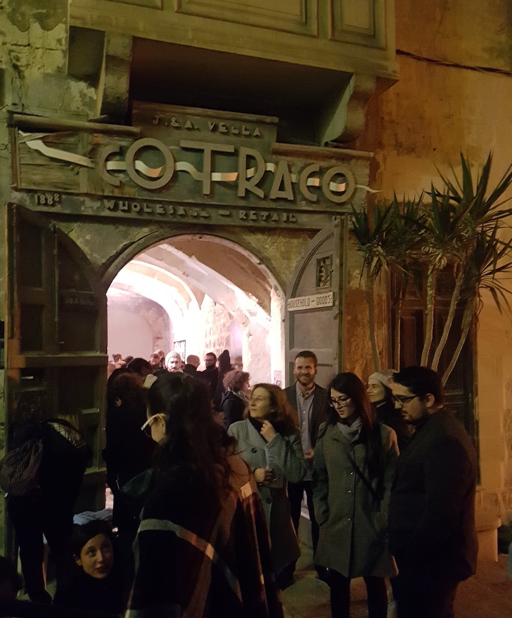 SnakeShow_Fragmenta-Malta_PicBettinaHutschek_04